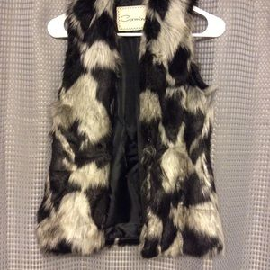 Faux Fur Vest (Size Small)